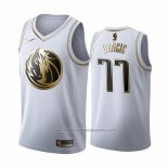 Camiseta Golden Edition Dallas Mavericks Luka Doncic NO 77 2019-20 Blanco